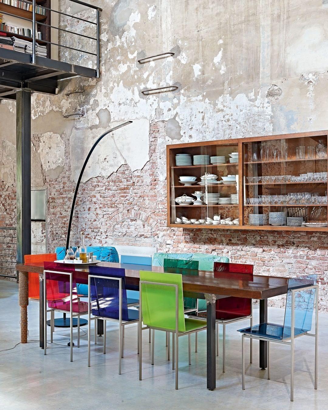 Provenance De La Photo Instagram Ideat Magazine Design Paris Gallery Decorativearts Notre Site Web En 2020 Objet Deco Vintage Mobilier De Salon Deco Vintage