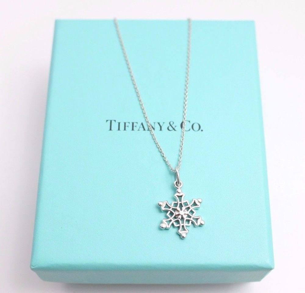 f7544f43a Tiffany snowflake necklace | the consumer | Snowflakes, Silver, Jewelry