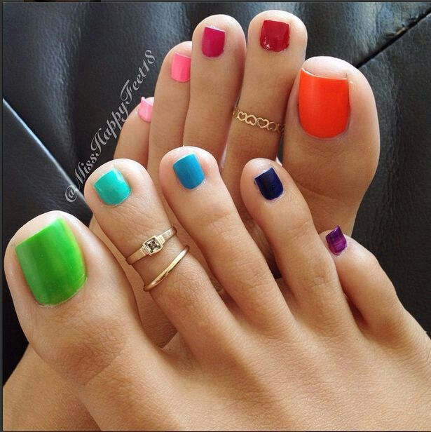 Uggh toe fingers. | Get my hurr did | Pinterest | Toe nail designs ...