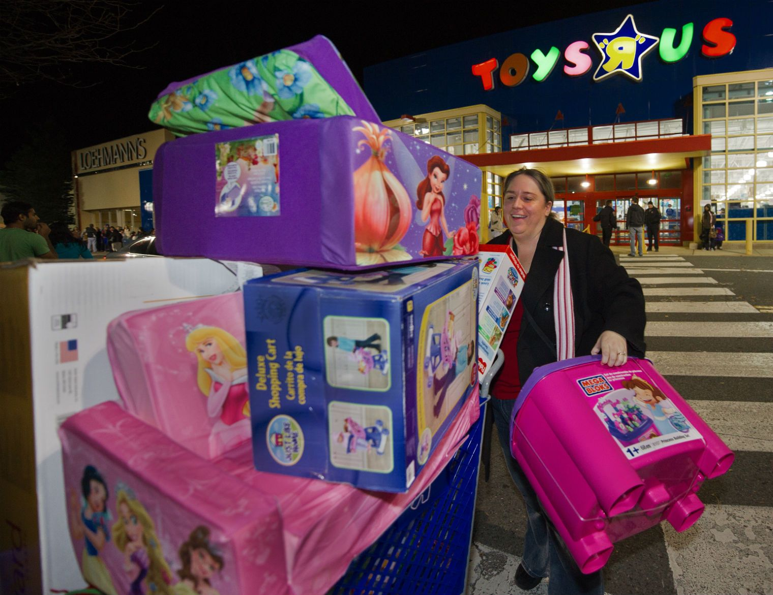 Toys R Us has stopped telling girls and boys what they should be playing with, in a victory for parents upset by gender-based marketing.