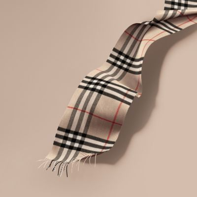 The Classic Check Cashmere Scarf in Stone  e9e4bd84459c