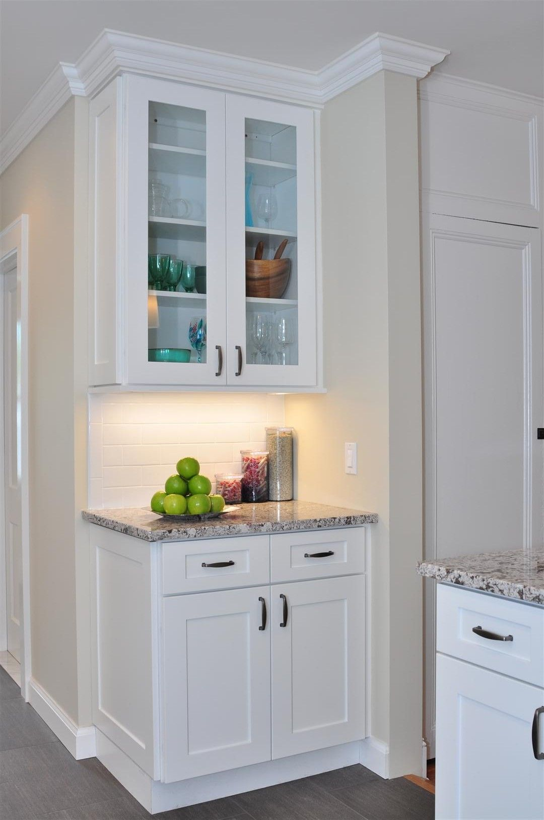 Ice White Shaker Kitchen White Shaker Kitchen Shaker Style Kitchen Cabinets Kitchen Cabinet Styles