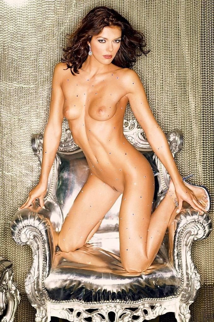 Adrianne Curry Nude Pic 64