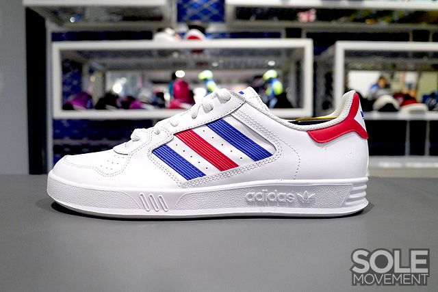 Adidas Originals Tennis Court Top White Blue Red Sneakernews Com Adidas Classic Sneakers Adidas Originals