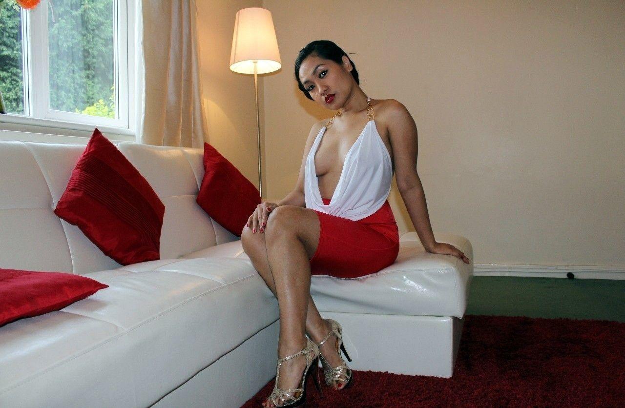 Amyka Lee Nude Photos 35