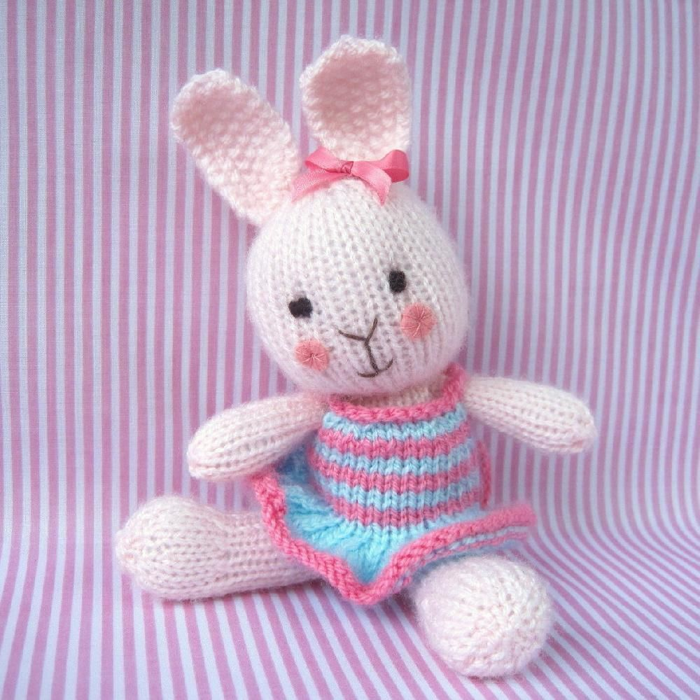 Candytuft knitted rabbit knitting patterns rabbit and patterns candytuft knitted rabbit bankloansurffo Choice Image