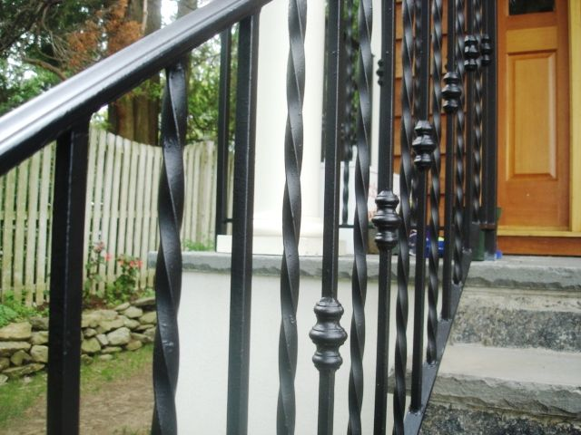 Wrought Iron Railing With Alternating Twist Straight Spindles