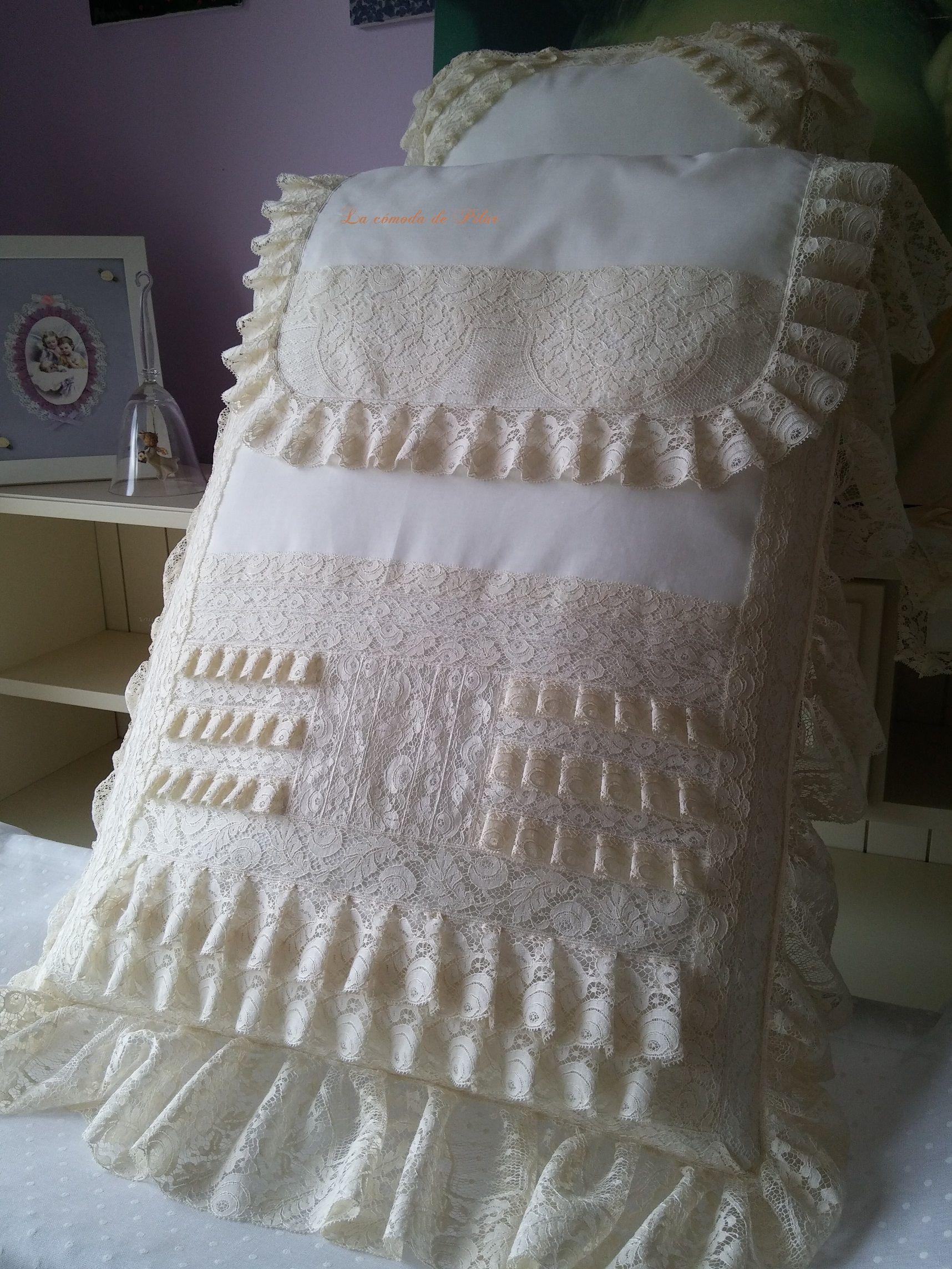 Saco lencero en batista  de organza y encajes de alençon,Diseño y confección propios,, hecho en España http://www.lacomodadepilar.com/ http://lacomodadepilar.blogspot.com.es/ https://www.facebook.com/lacomoda.depilar