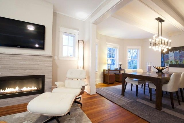 Sitzbereich vor dem Kamin wohnbereich offen relaxsessel leder weiß - wohnzimmer offen gestaltet