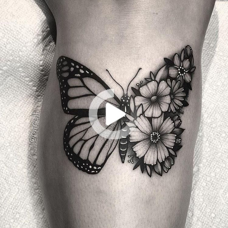 """Photo of 𝕹𝖆𝖙𝖆𝖑𝖎𝖊 𝕯𝖆𝖛𝖎𝖘 on Instagram: """"Half floral monarch butterfly for Karly 🦋🌸"""""""