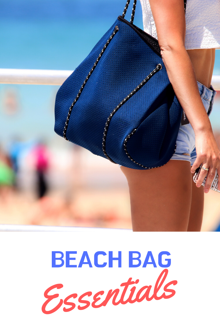 Think of it as a little check list of the beach bag essentials! #beachbag #beachbagessentials #beachtrip #maui #beachvacation