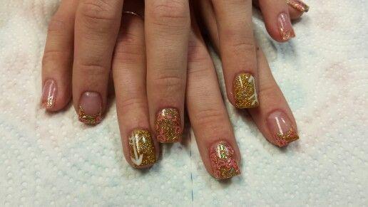 Gold valentine's Nails