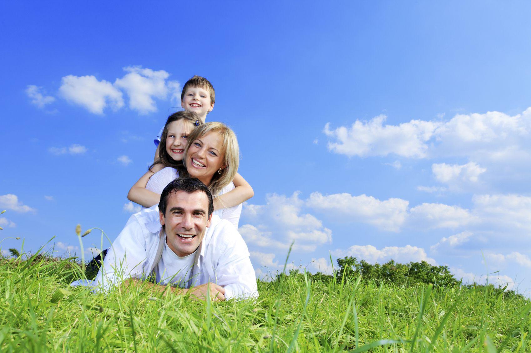 картинки семья под небом центре