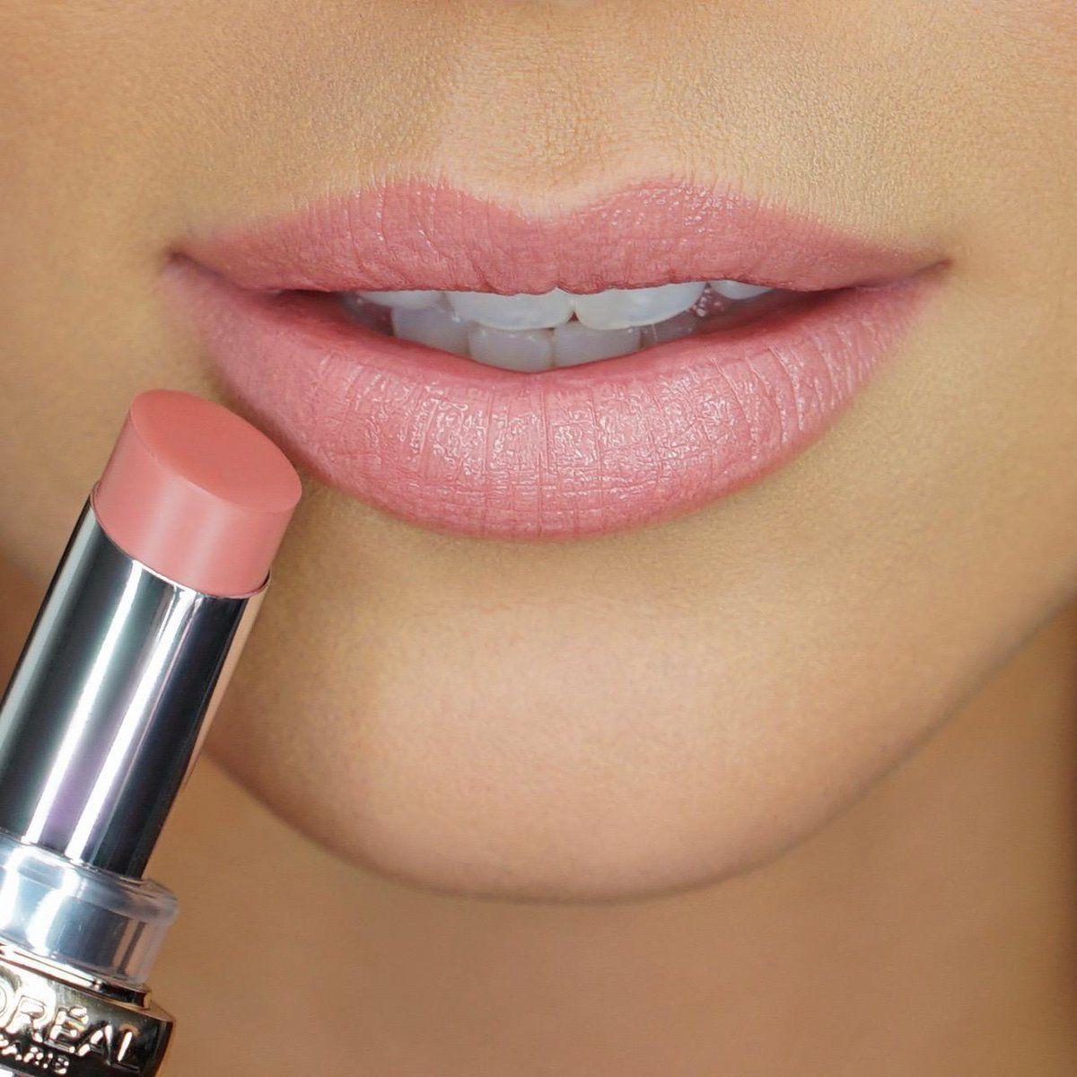 L'Oréal Paris Colour Riche Shine lipstick in shade 910 Sparkling Peach
