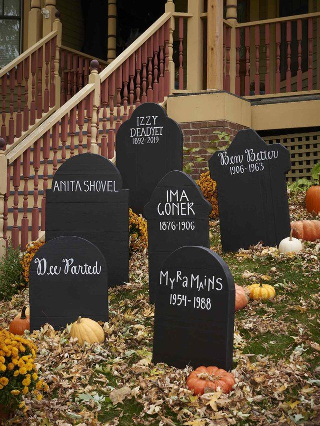 36 Insanely Cute Halloween Party Decorations You Can Make Today