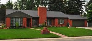Red Brick 1950s Ranch Homes Yahoo Image Search Results Brick Exterior House Brick Ranch Houses Exterior Brick