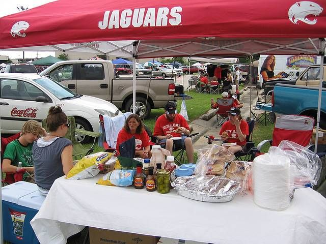 Usa University Of South Alabama Jaguars Tailgating At Football