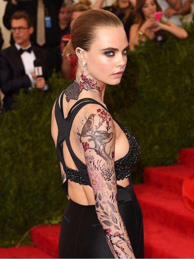 20 Awesome Celebrity Tattoos Designs 2017 - SheIdeas | Fashion ...