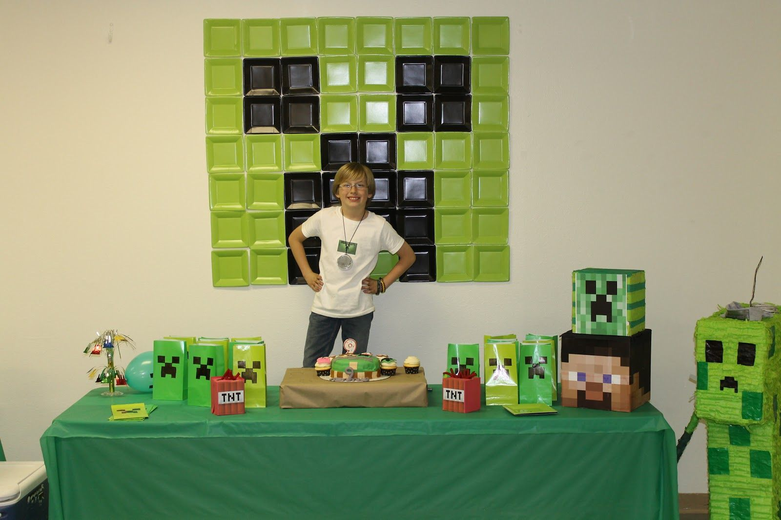 Creeper face with square plates minecraft birthday