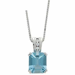 Aquamarine with diamonds setting pendant