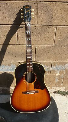 Pin By Moon Angell On Acoustic Guitar Acoustic Guitar Electric Guitar Design Gibson Acoustic