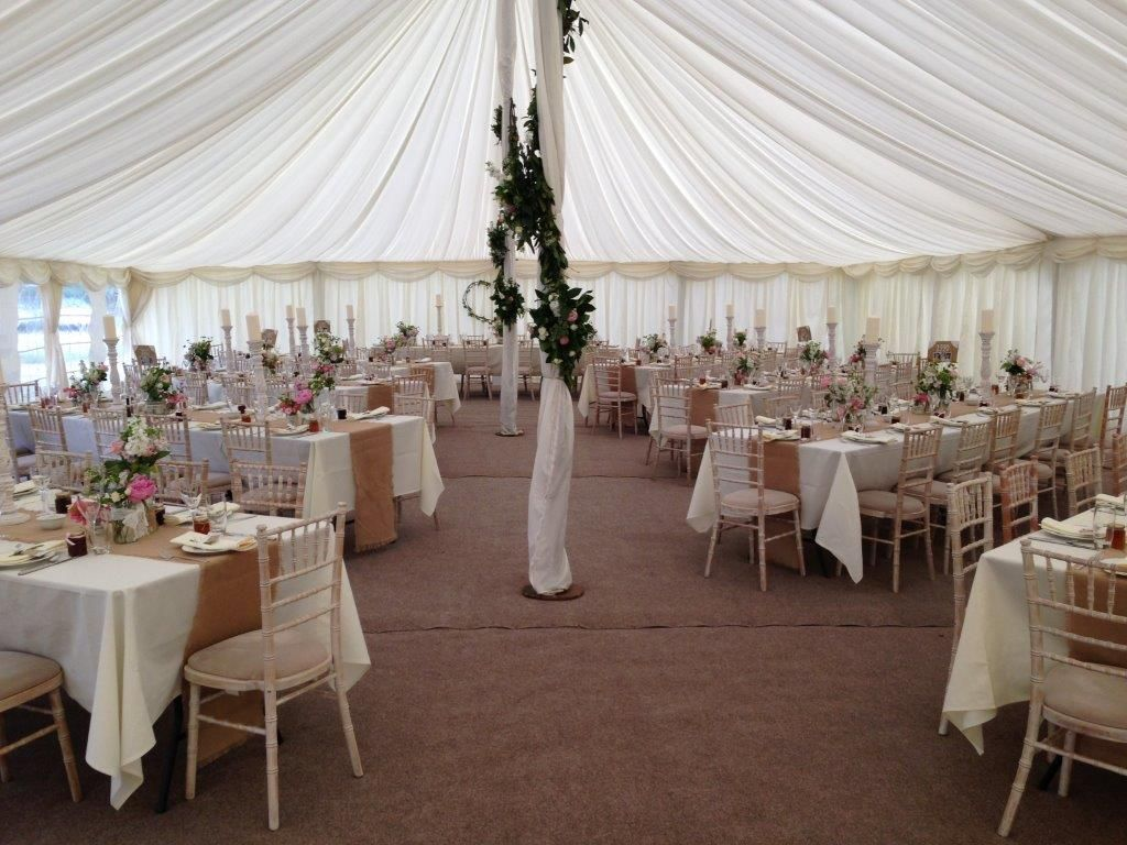 Table Layout Ideas For A Traditional Marquee Love The Hessian