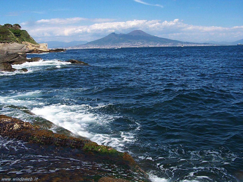 : Vesuvio mare chiaro Vesuvius clear sea