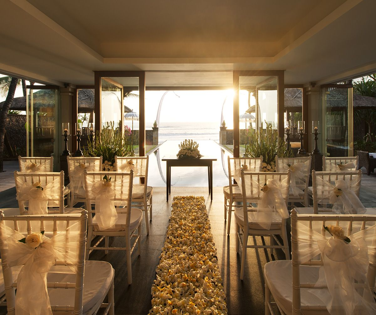 The luxury wedding guide sponsored by ghm explore four for Most beautiful wedding venues in the world