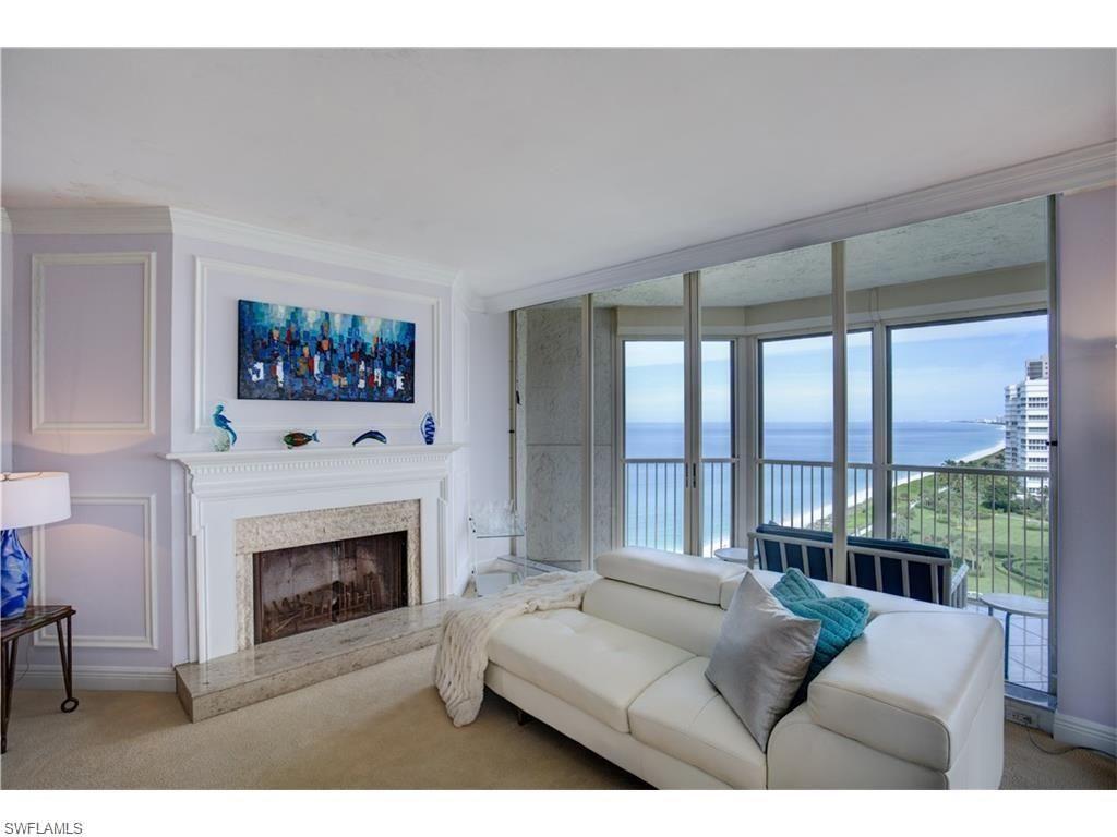 4051 Gulf S Blvd N Ph200 Naples Fl 34103 Beautiful Contemporary Living Room