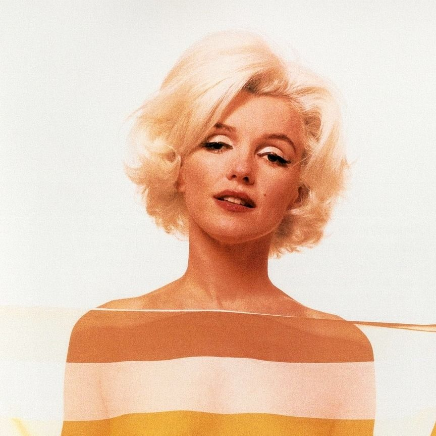 Marilyn Monroe photographed by Bert Stern, 1962.