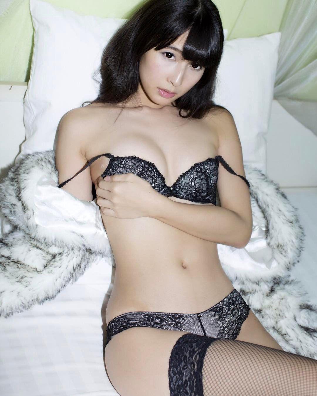 Sexy asian girls in panties
