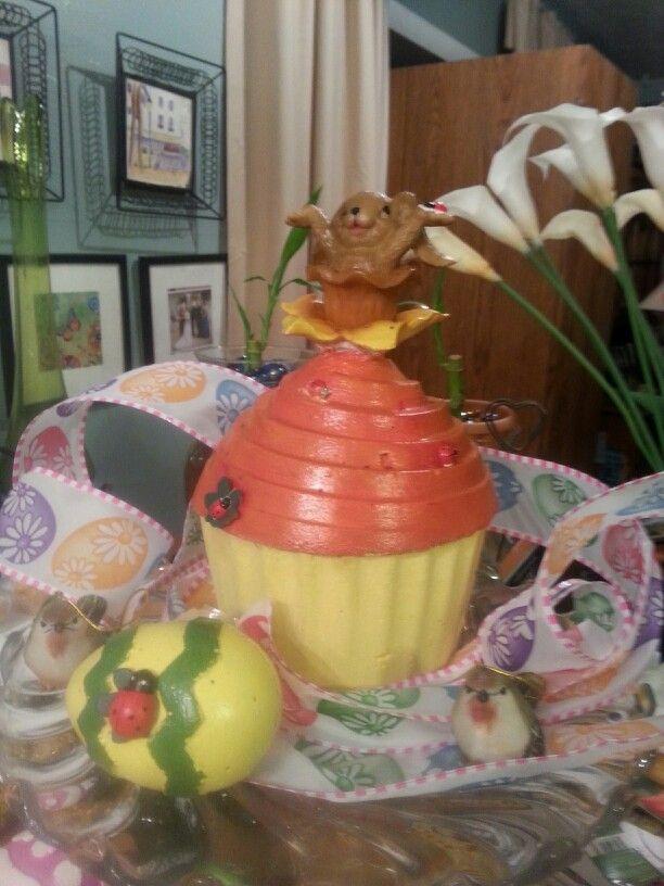 Concert cupcake for the garden.  Happy spring eggs.