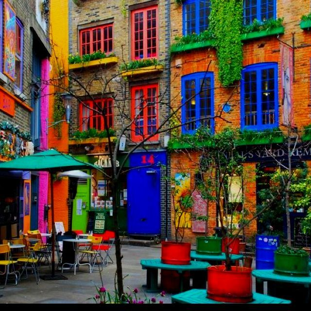 Colorful Buildings: Neil's At Covent Garden, London