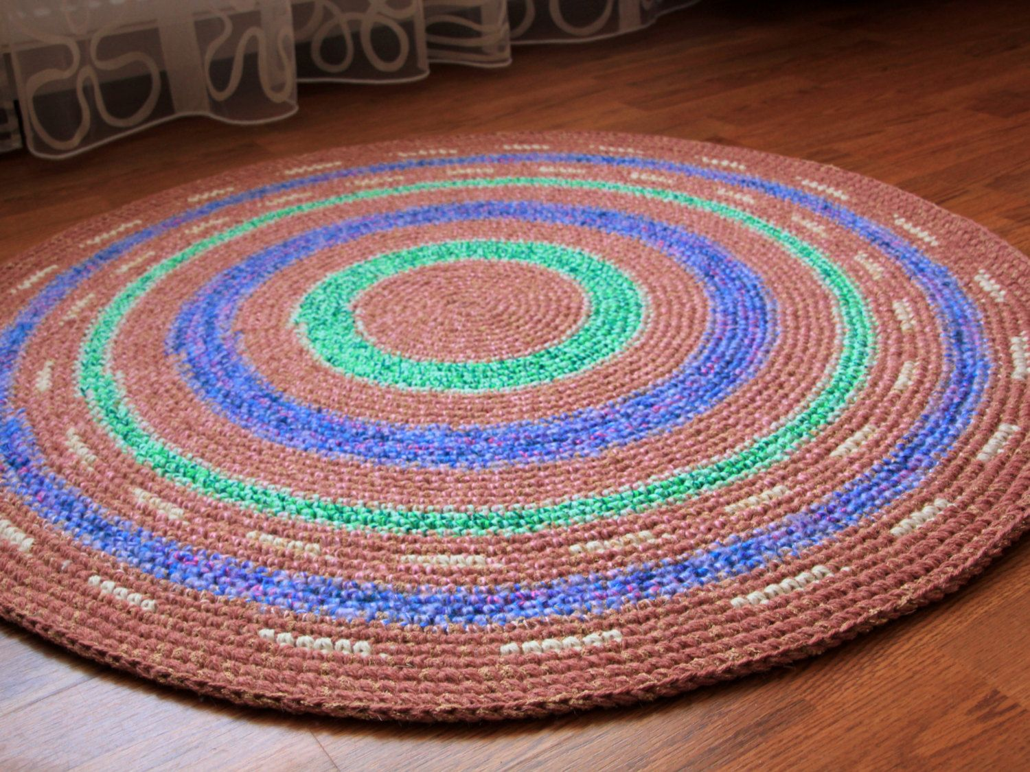 Lovely Hand Crochet Round Rug 40 In