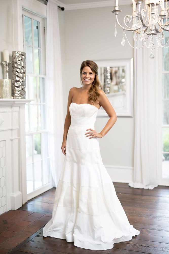 J Crew Faye Wedding Dress For Rent Or Sale On Borrowingmagnolia Com Try It On At Home Befo Rental Wedding Dresses Wedding Dresses Buy Used Wedding Dress