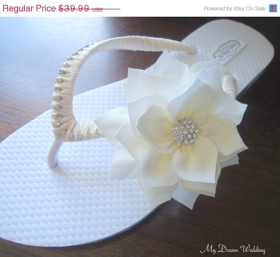 On Sale Ivory Bridal Flip Flops Flower Wedding By Mydreamwedding 35 99