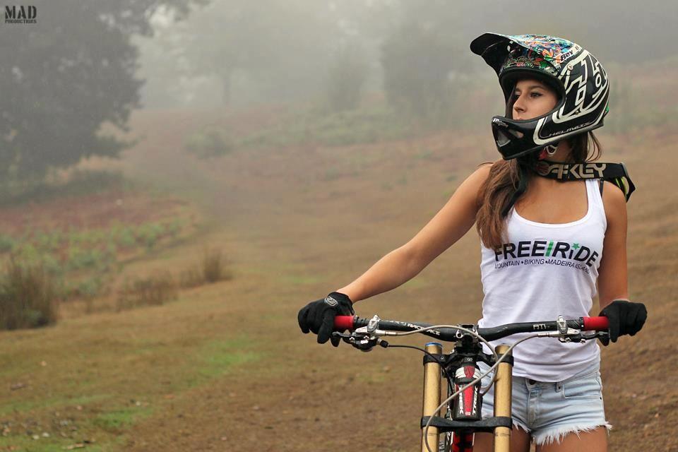 get your downhill gear at http   downhill.cybermarket24.com Mtb Bike d2bc35c57