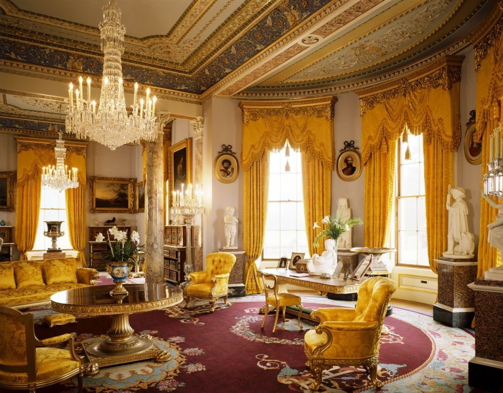 Osborne house is a former royal residence in east cowes for Victorian tudor suite