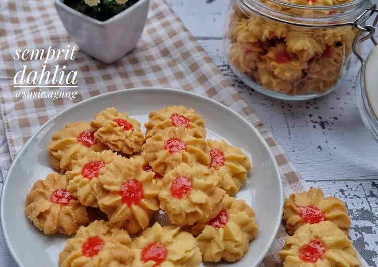 Resep Semprit Dahlia Oleh Susi Agung Resep Resep Kue Kering Adonan
