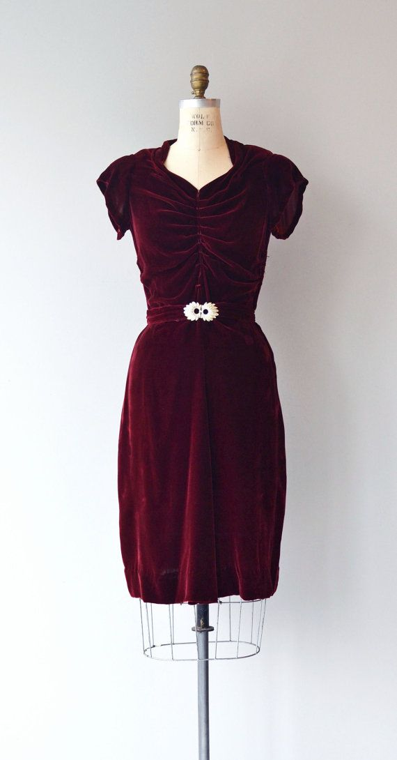Vintage late 1930s, early 1940s dark red silk velvet dress with subtle sweetheart neckline, ruched bodice, short sleeves, fitted waist with matching