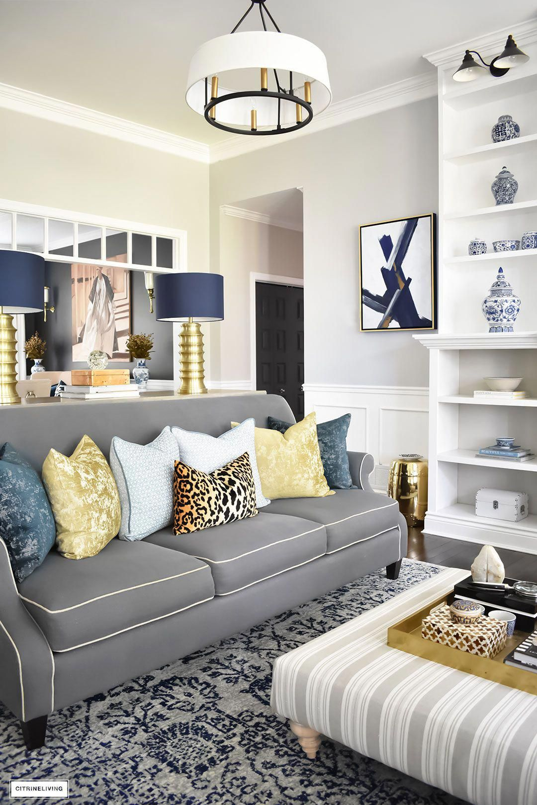 Fall Home Tour Featuring This Elegant Living Room