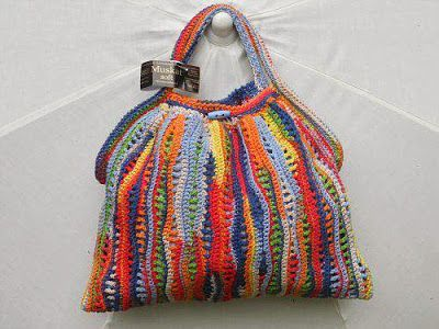 Letras e Artes da Lalá: Todas as cores do mundo: bolsas (sem receitas)