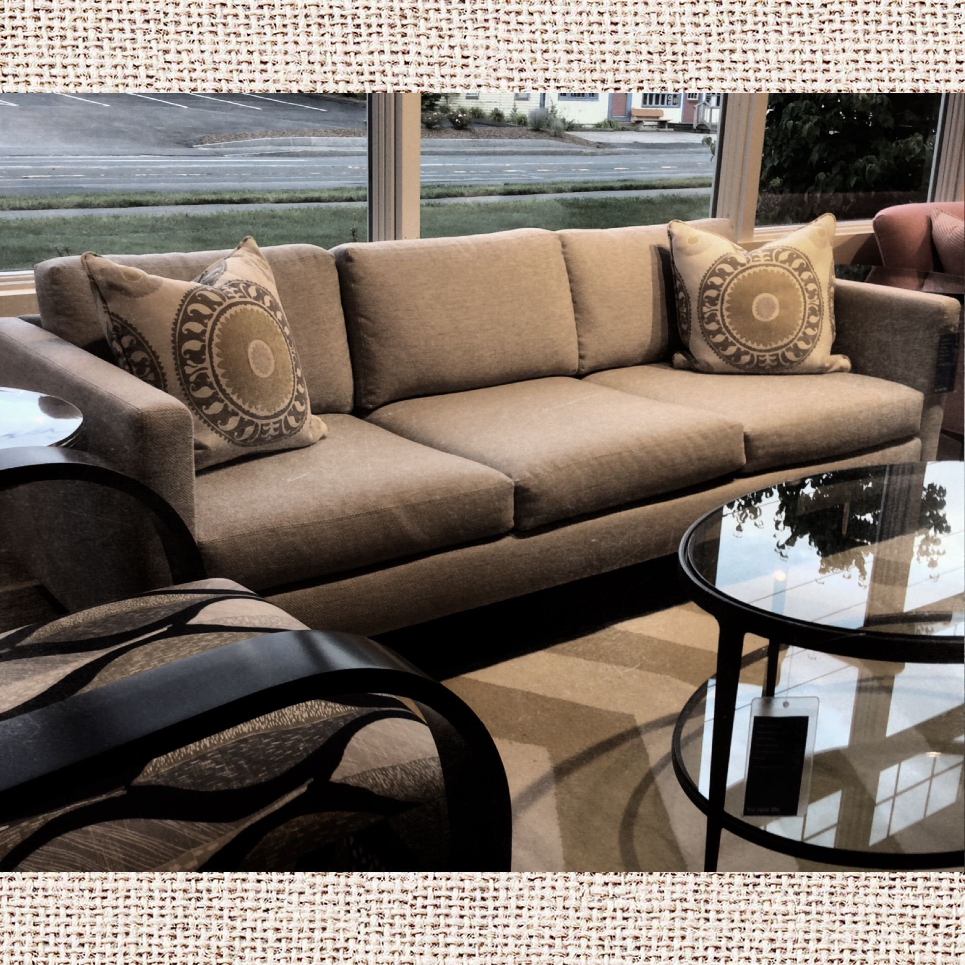Design Clic From Circle Furniture Boston Bostoncirclessofas