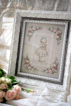 クレアちゃんのウェルカムフレーム : 東京・自由が丘 井上ちぐさの刺繍&カルトナージュ教室 Atelier Claire(アトリエクレア)