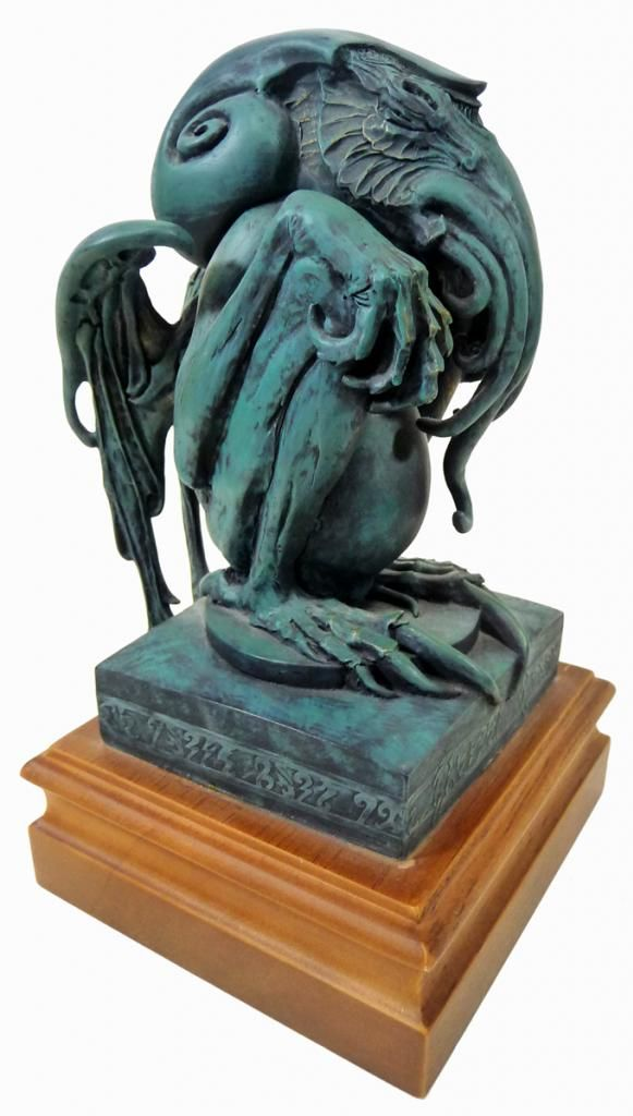 Pin by POP DADDY VINTAGE on 20th CENTURY POP CULTURE FOR SALE | Cthulhu statue, Lovecraft cthulhu, Lovecraft art