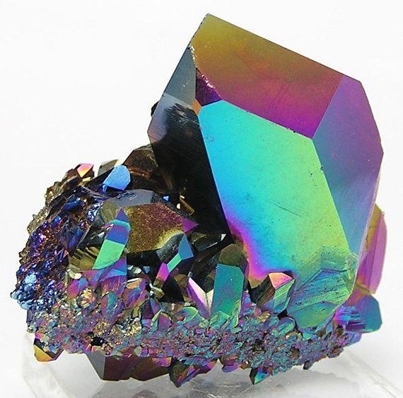 Rainbow Quartz Stone : Rainbow aura peacock quartz crystal cluster rocks
