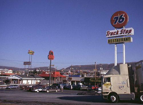 76 Breezewoodpa Old Gas Stations Big Trucks Trucks