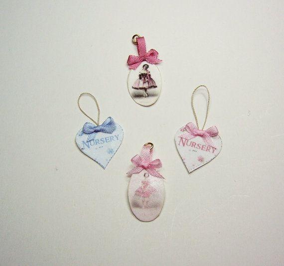 Neu  Handgefertigte Miniatur-Plaketten für von MontserratFolch