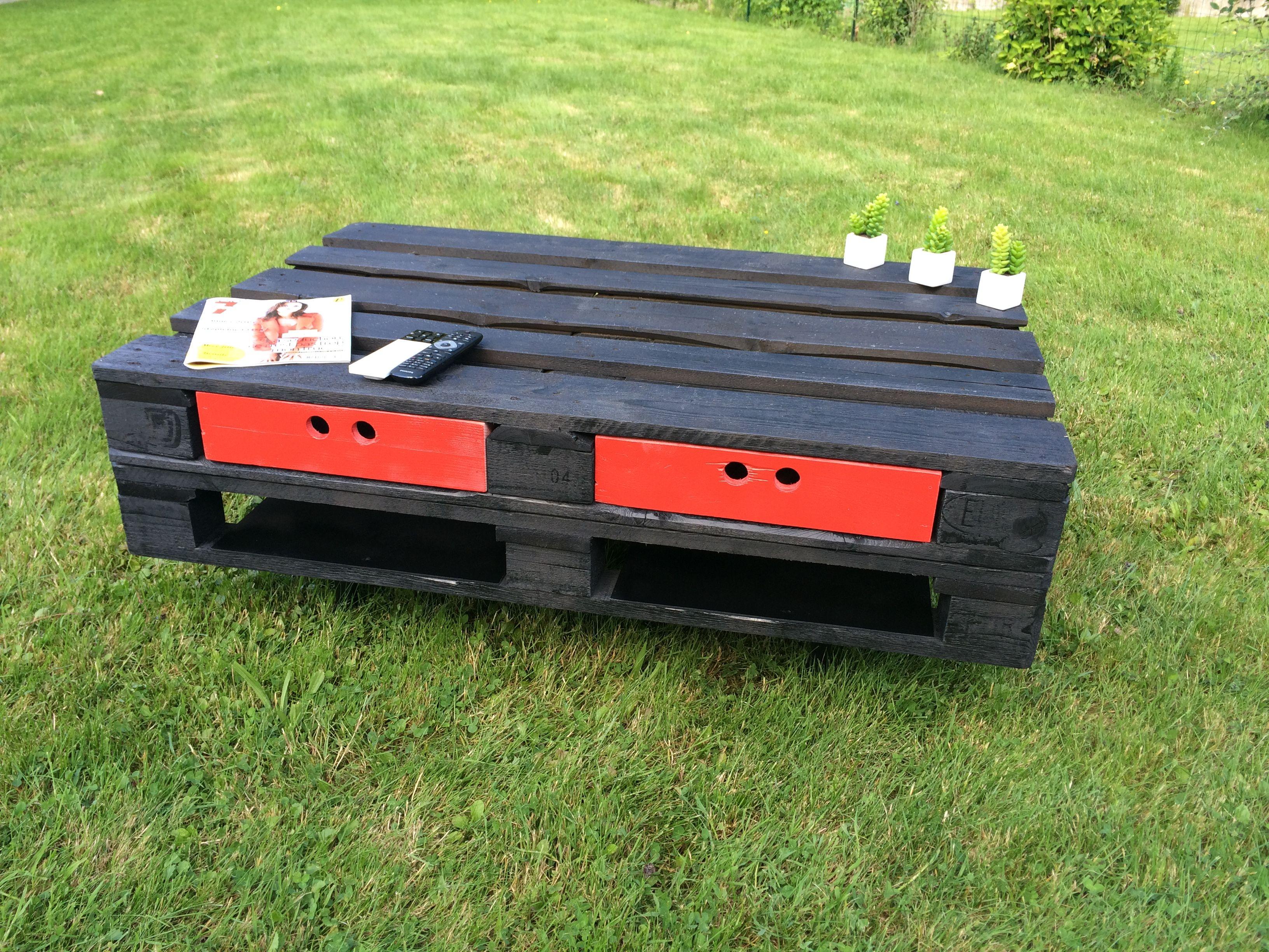 table basse en bois de palette eur meuble vintage en bois noir deux tiroir - Table Basse Rouge Et Noir