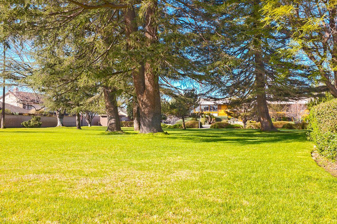 Front lawn at Etiwanda Gardens in Rancho Cucamonga, Ca ...